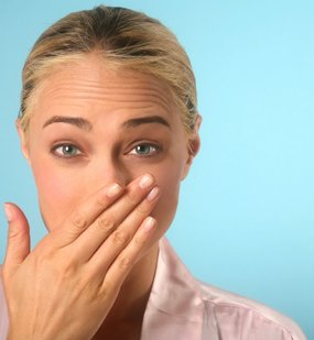 Sentir el mal olor con la nariz