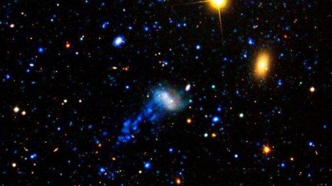 ¿Por qué las estrellas se agrupan en galaxias?